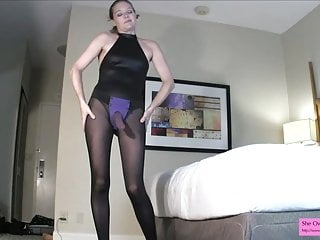 Star wants to fuck your ass LEOTARD PANTYHOSE POV