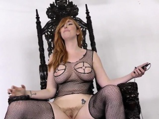 Cuckolding babe analized