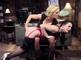 Milf Pornstars in Lesbian Action - BDSMBASE