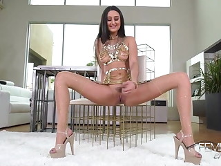 Goddess Eliza has special plans in store for a basic bitch like yourself. She knows just how boring your life has become as you try to fit into a vanilla world that will never satisfy you.