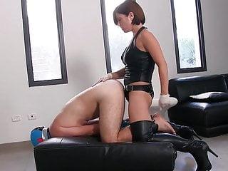Strapon punishment