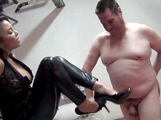 Mistress Justene face slapping, verbal use, Asian, FemDom